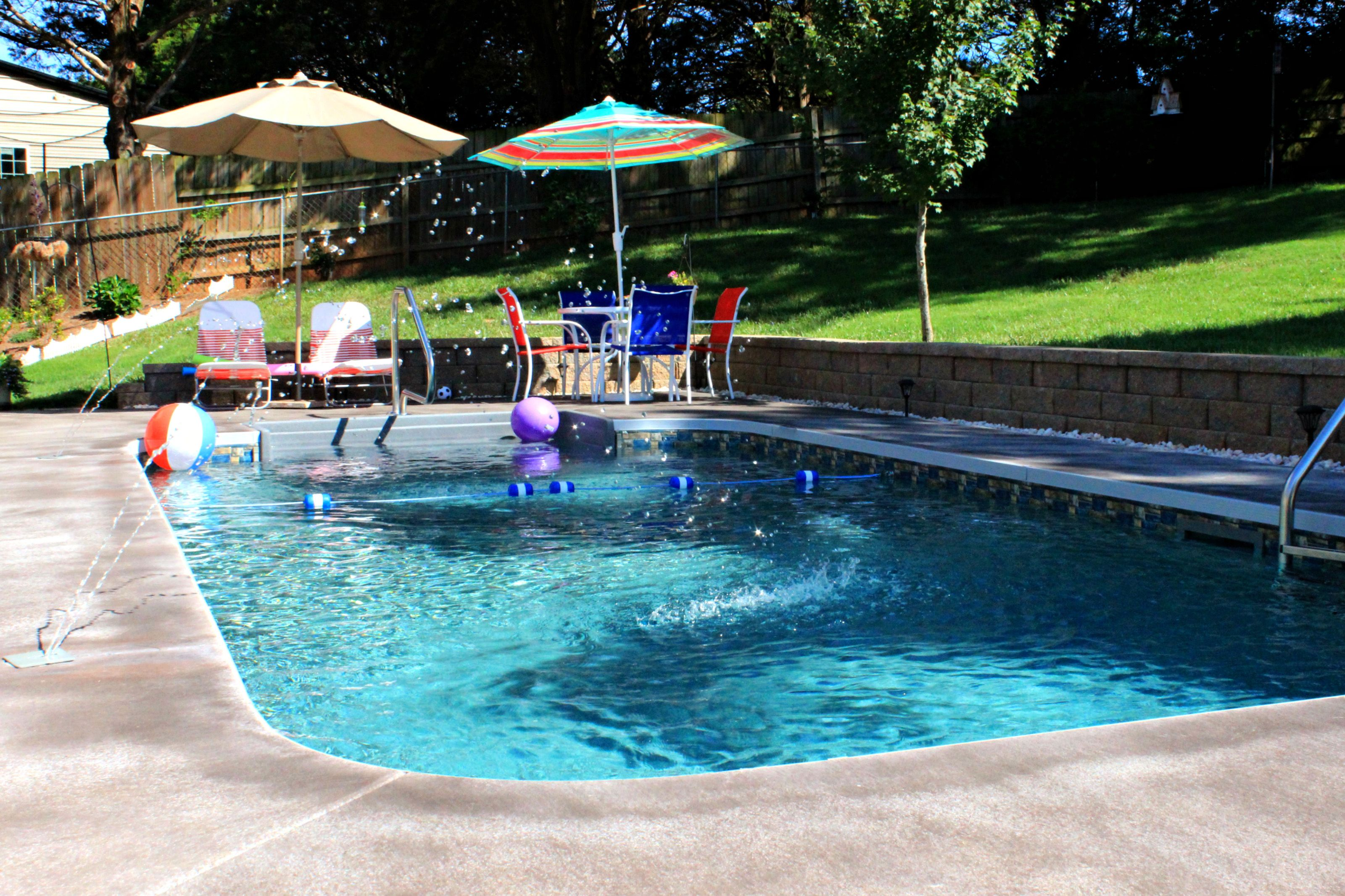Deck jets, featured on a vinyl pool. | Water Features | Pool ...