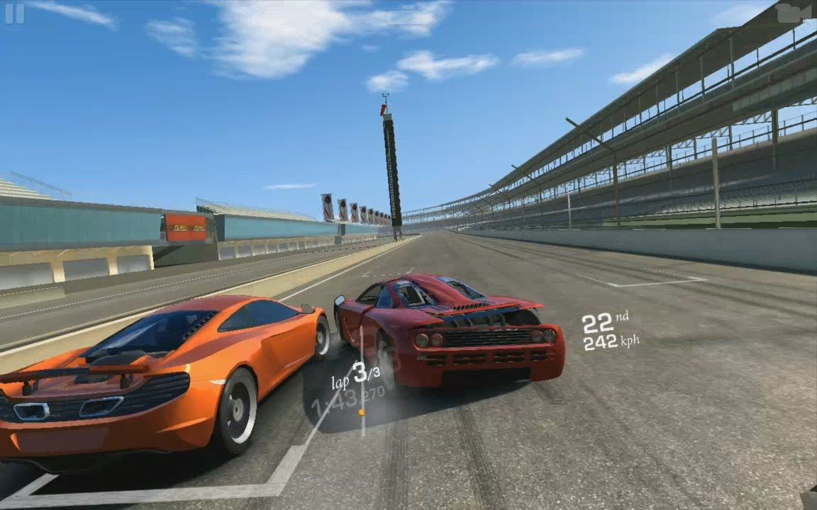 Real Racing 3 car crashes