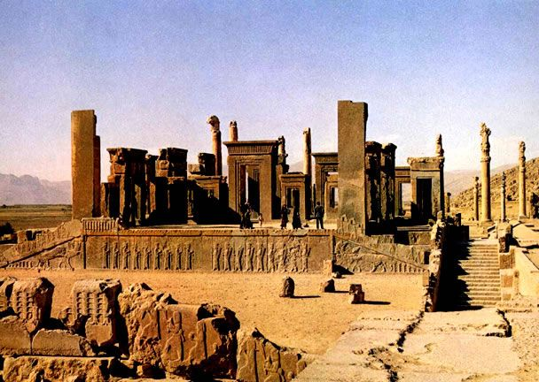 2500 Years Celebrations Of The Persian Empire Persepolis Grand View Jpeg Historical Monuments Persian Empire Shiraz Iran