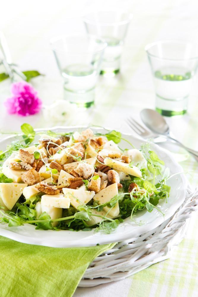 Juusto-päärynäsalaatti | Salaatit | Pirkka