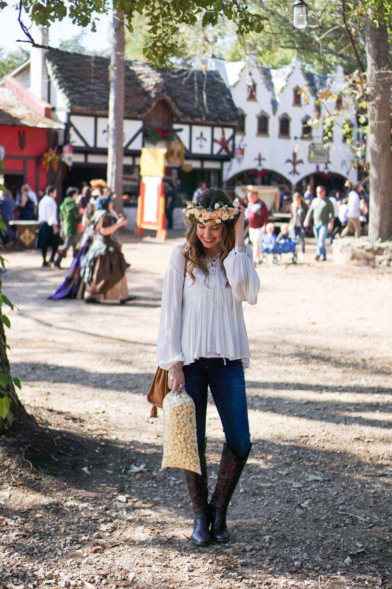 b72e679d64b Houston fashion and travel blogger visits the Texas Renaissance Festival