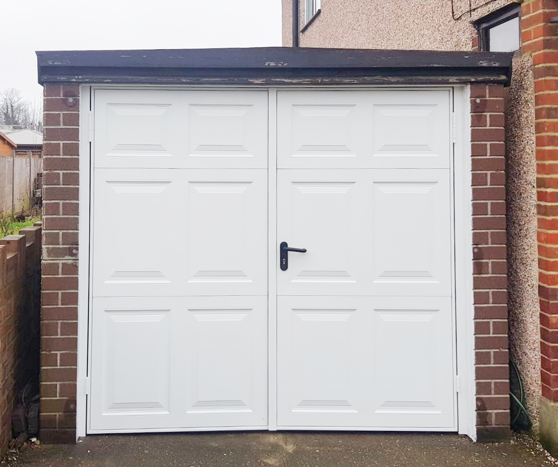 Access Garage Doors Garage Door Repairs Installation Automation Throughout London And South East Garage Doors Garage Door Types Garage Door Styles