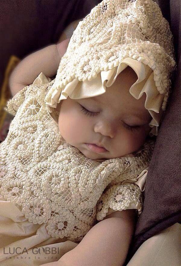 ff5109181a97 Sleeping Baby Girl