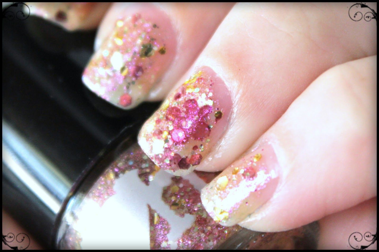 Tes Did It Nails: 31 Day Challenge : Day 14 : Flowers