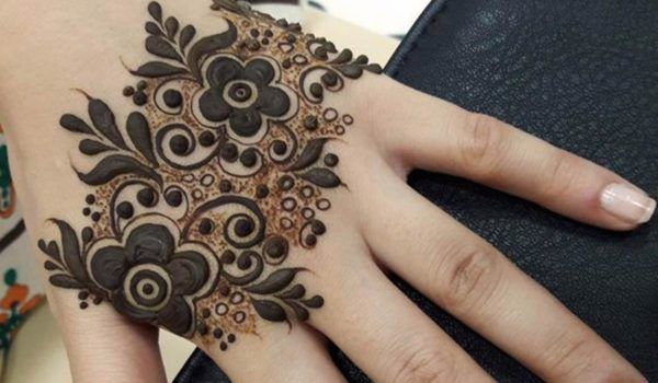 Easy Mehndi Ideas : Pin by brands house on ideas of indian pakistani mehndi