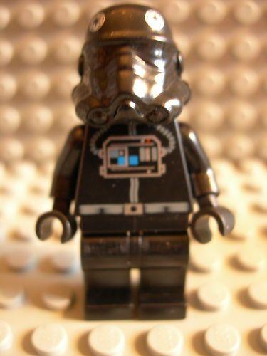 LEGO STAR WARS 8087 TIE Fighter Pilot Minifigure New