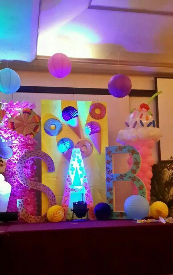 Ice cream stage design Ice CreamThemed Birthday Party Pinterest