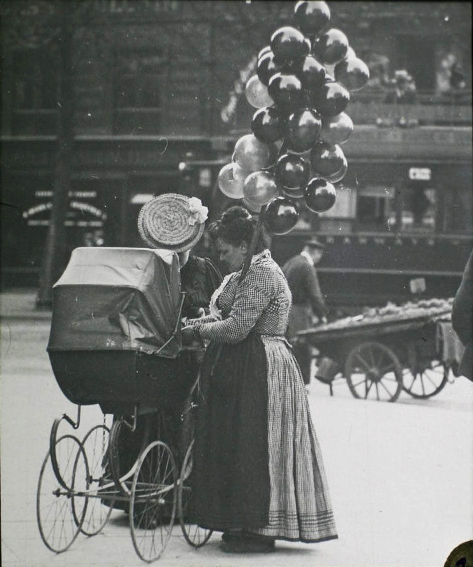 photo insolite noir et blanc petits metiers paris 1900. Black Bedroom Furniture Sets. Home Design Ideas