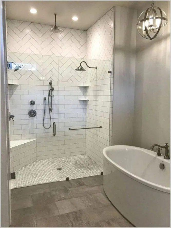 59 Awesome Master Bathroom Remodel Ideas On A Budget 24 Bathroom Masterbathroom Bathroomremodel Small Master Bathroom Shower Remodel Small Bathroom Remodel