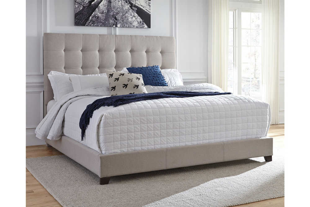 Dolante Queen Upholstered Bed With 12 Hybrid Mattress In A Box