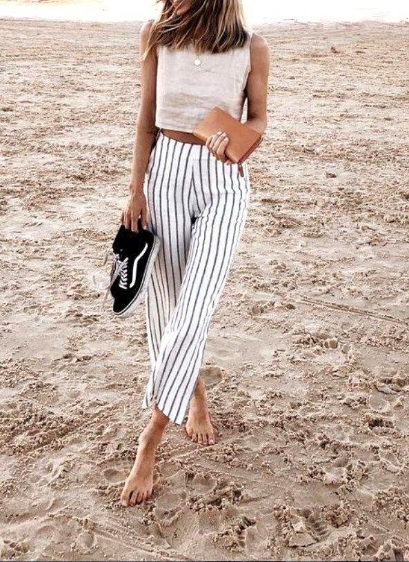 22 Urlaubsoutfits Schicke Sommerstrand-Outfits, #schicke #SommerstrandOutfits #Urlaubsoutfits    Source by franziskanacht0556 #vacation outfits