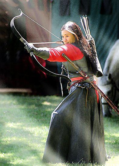 Ranger Archer by Samuel Vega --is...she wearing a katana ...