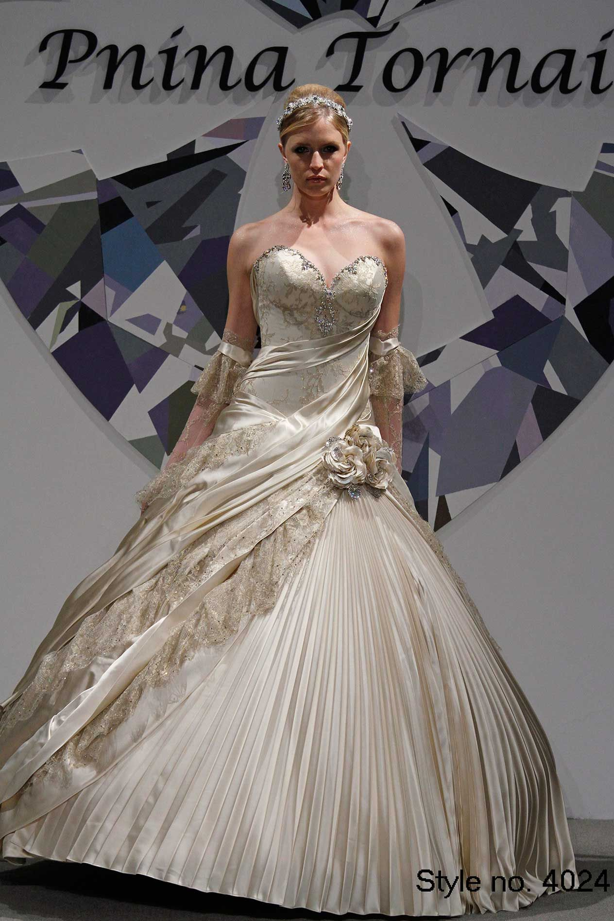 Pnina tornai white gold wedding gown, sweatheart neckline, gold and ...