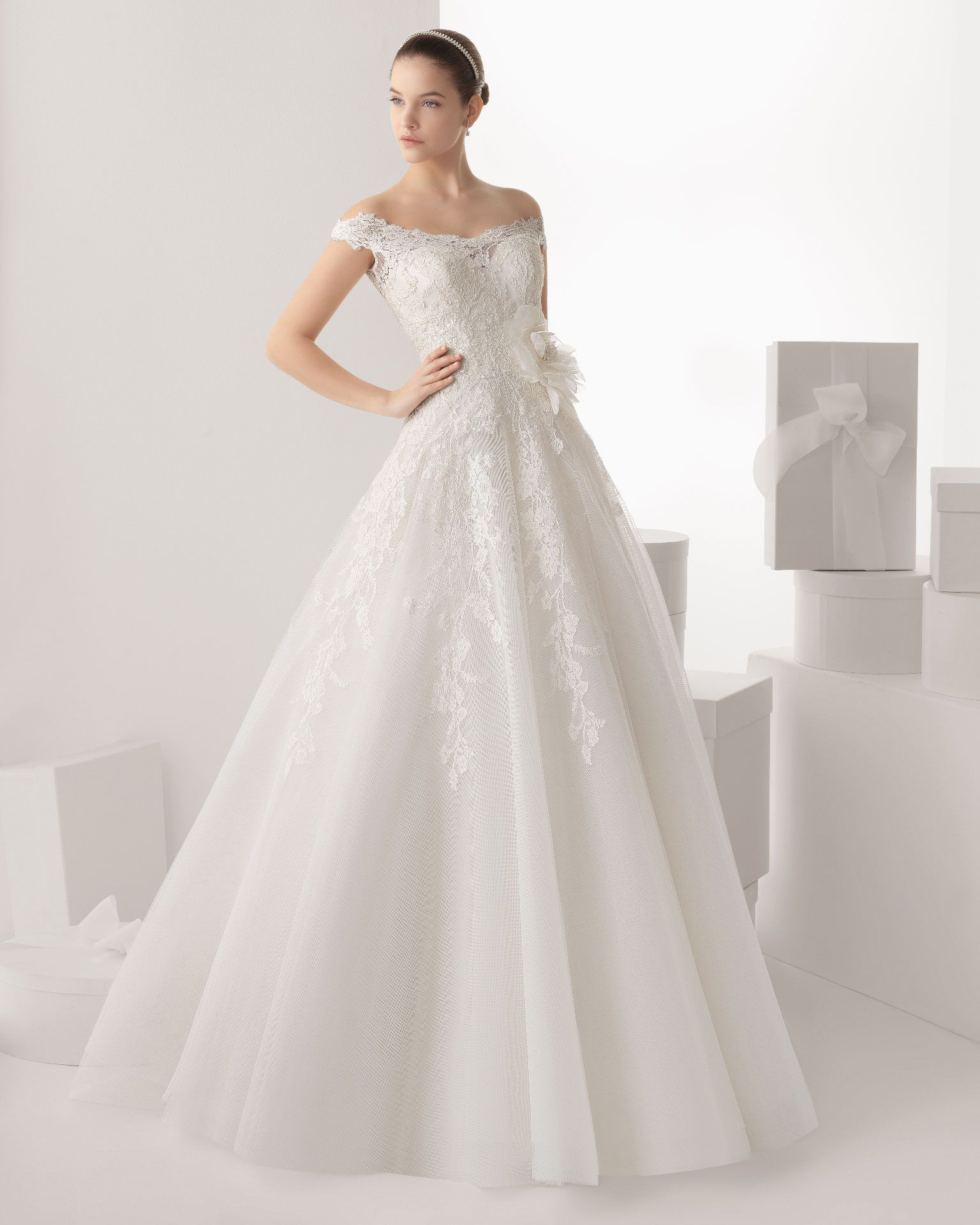 00578e3911 Rosa Clara - Vestidos de novia o fiesta para estar perfecta ...