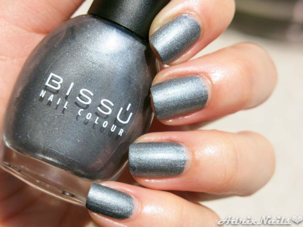 Bissú -Metal Mate Gris- #nails #nailart #nailpolish ...