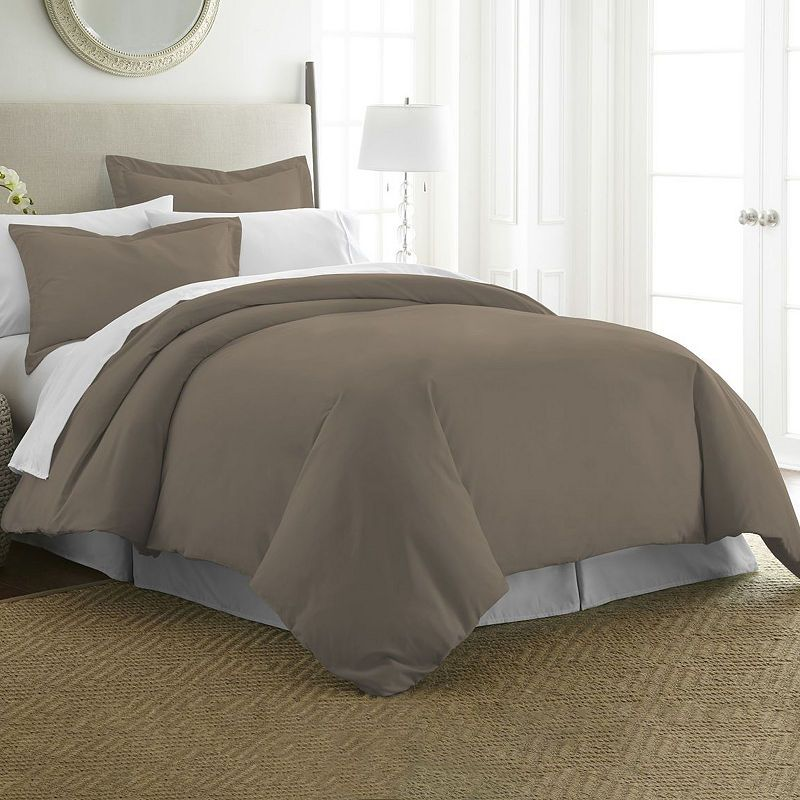 Casual Comfort Premium Ultra Soft Wrinkle Resistant Duvet Cover