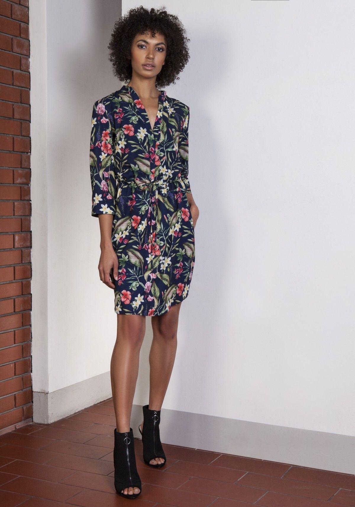 9f4bedf276 Sukienka w kwiatki