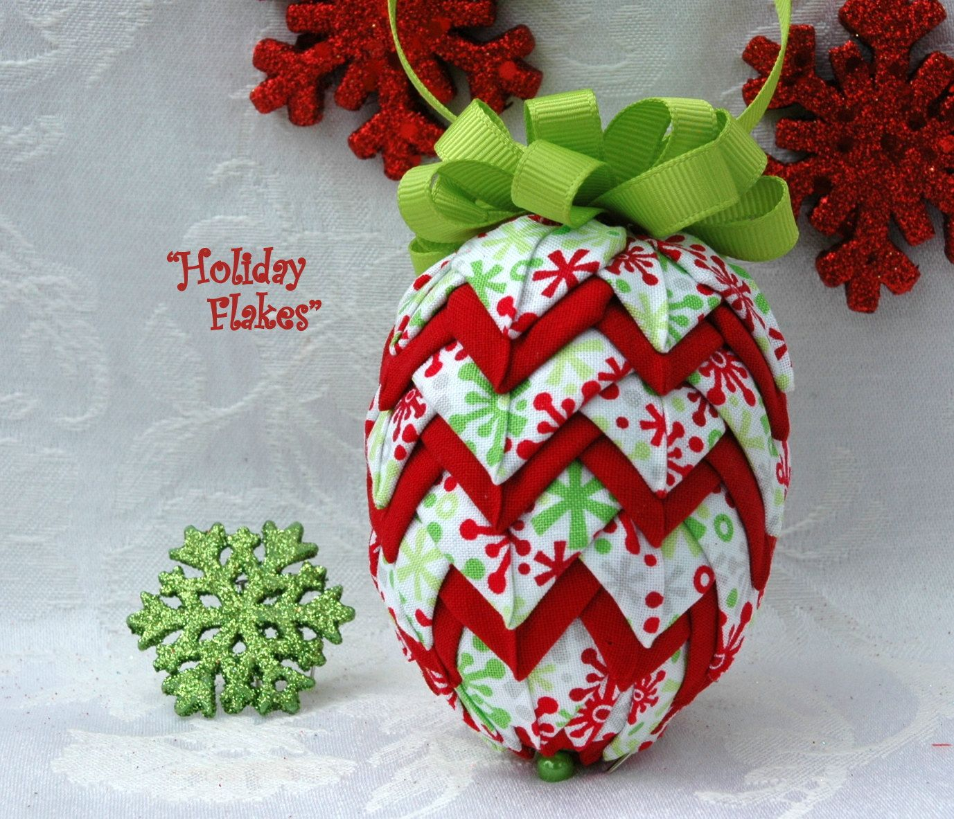 Popular Items For Fabric Pinecone On Etsy Quilted Christmas Ornaments Christmas Patchwork Pinecone Ornaments