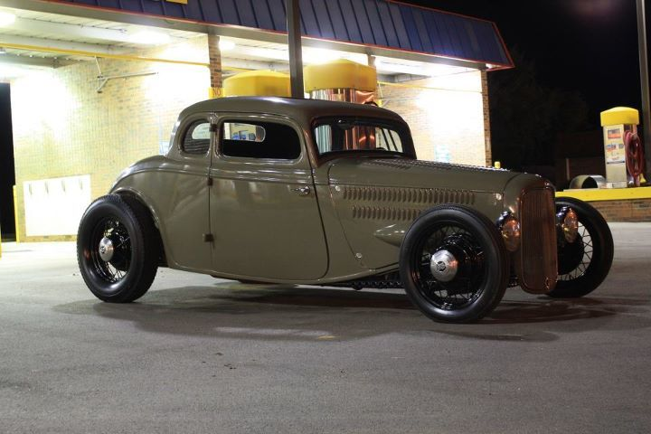 Nice 33 coupe with a deuce shell