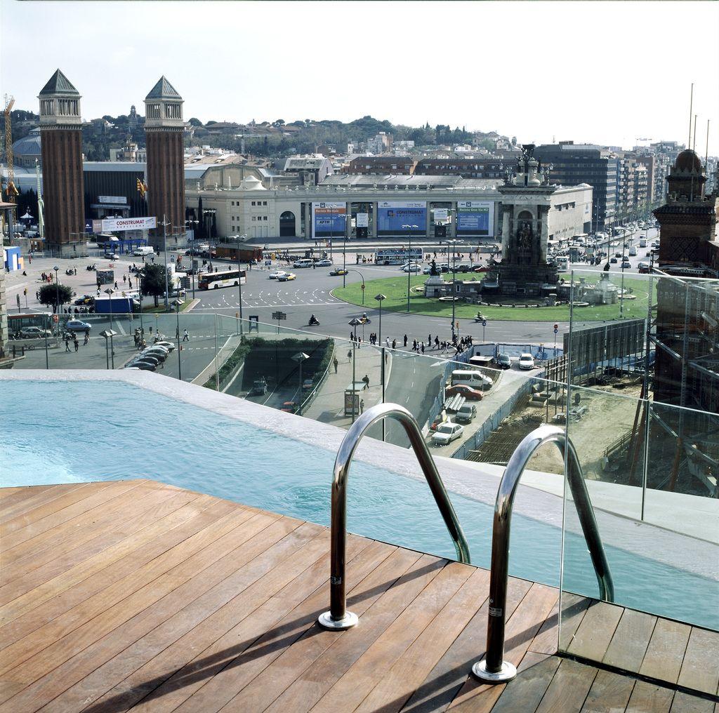 Terraza del hotel b barcelona arquitectura barcelona - Arquitectura barcelona ...