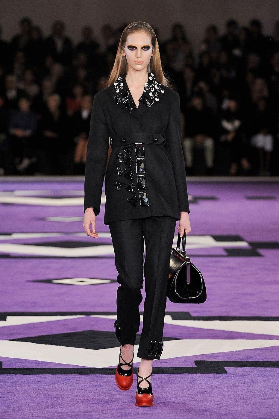Prada Fall 2012 Ready-to-Wear