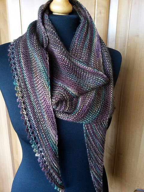 Knitted Scarf Patterns Ravelry : Ravelry: Linus pattern by Annett Cordes Knitted shawls ...