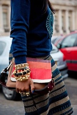 goodgoodgorgeous:    Love these colors and prints for fall! The blue nails with all that jewelry! J'adore