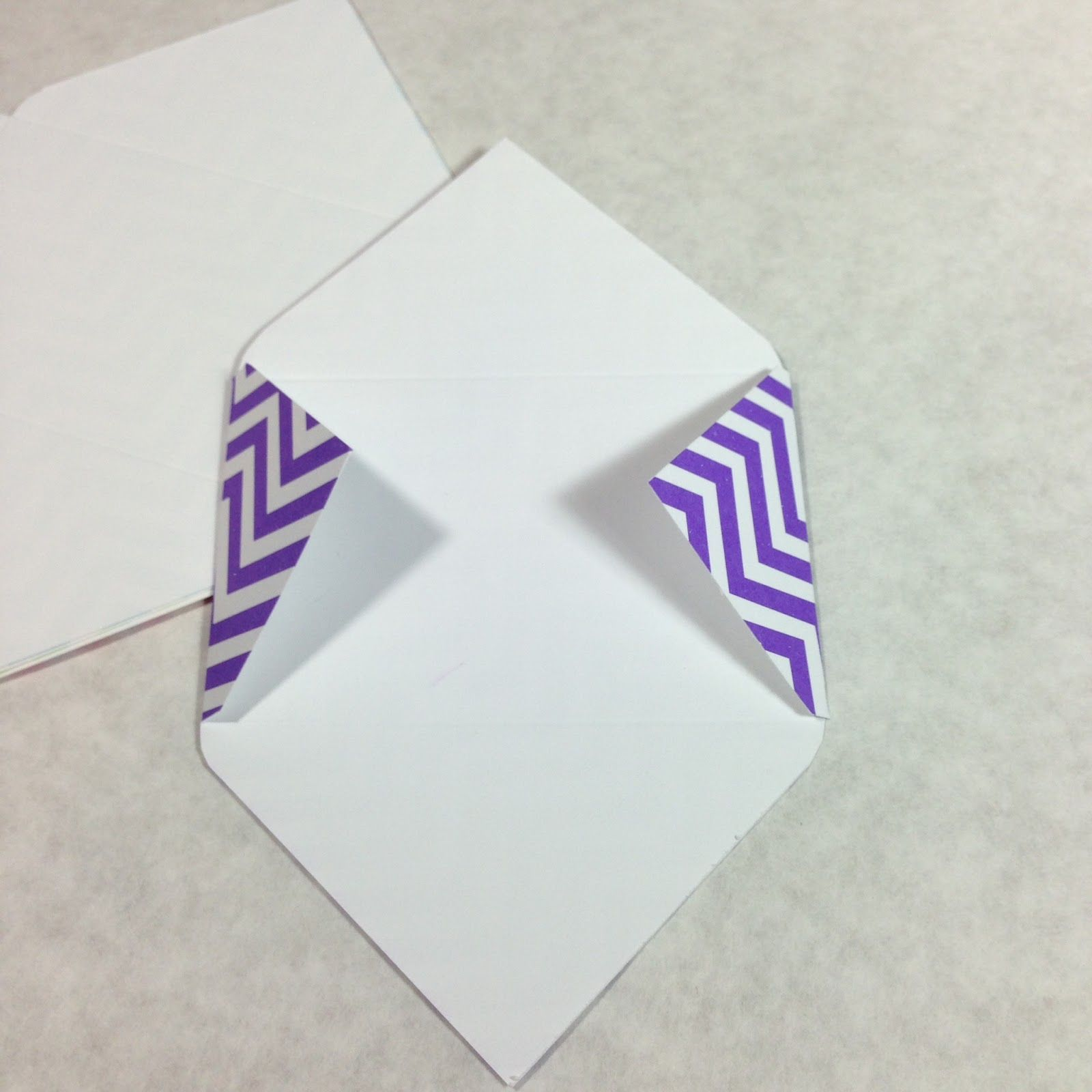 how to make mini envelopes for gift cards using martha stewart crafts scoring board