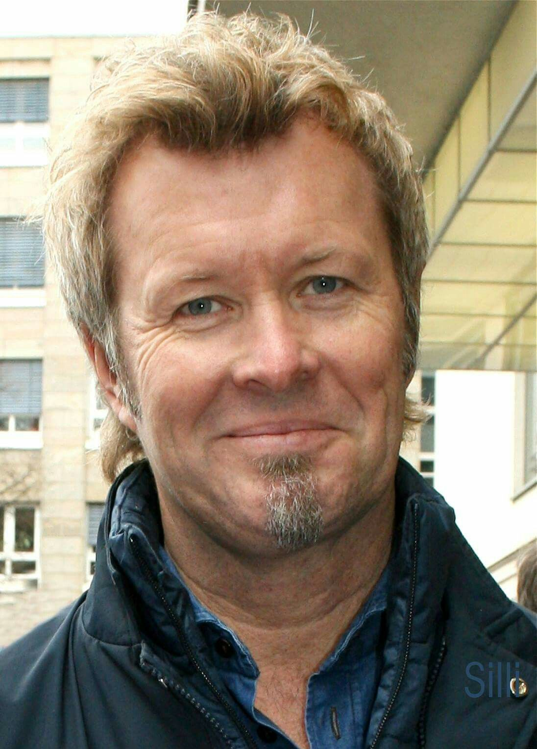 Magne Furuholmen In Cast In Steel Tour 2016 Pop Rock Music Rock