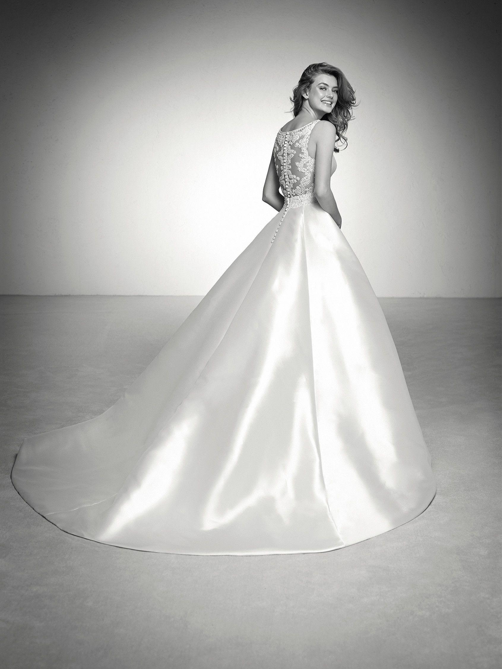 Wedding dress mikado and illusions - Pronovias 2018 Collection ...