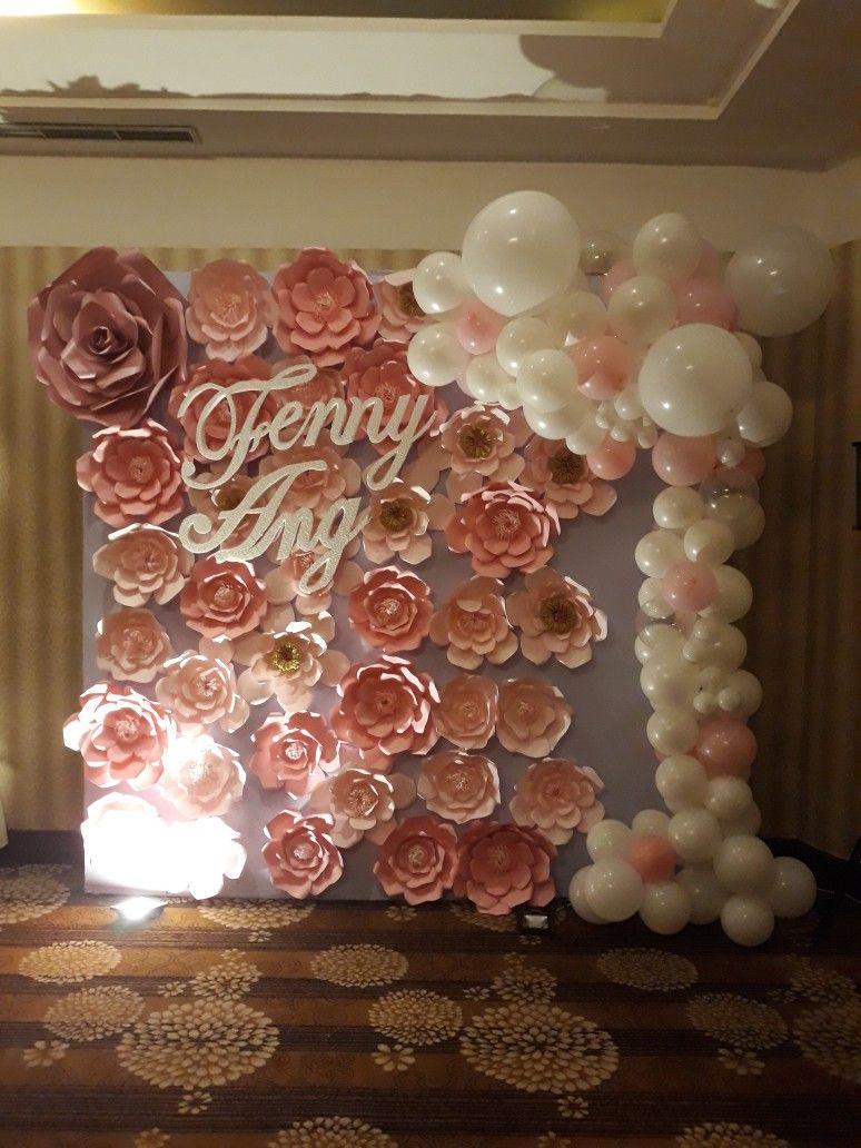 Decoration Balloon And Paper Flower Balloon Decoration