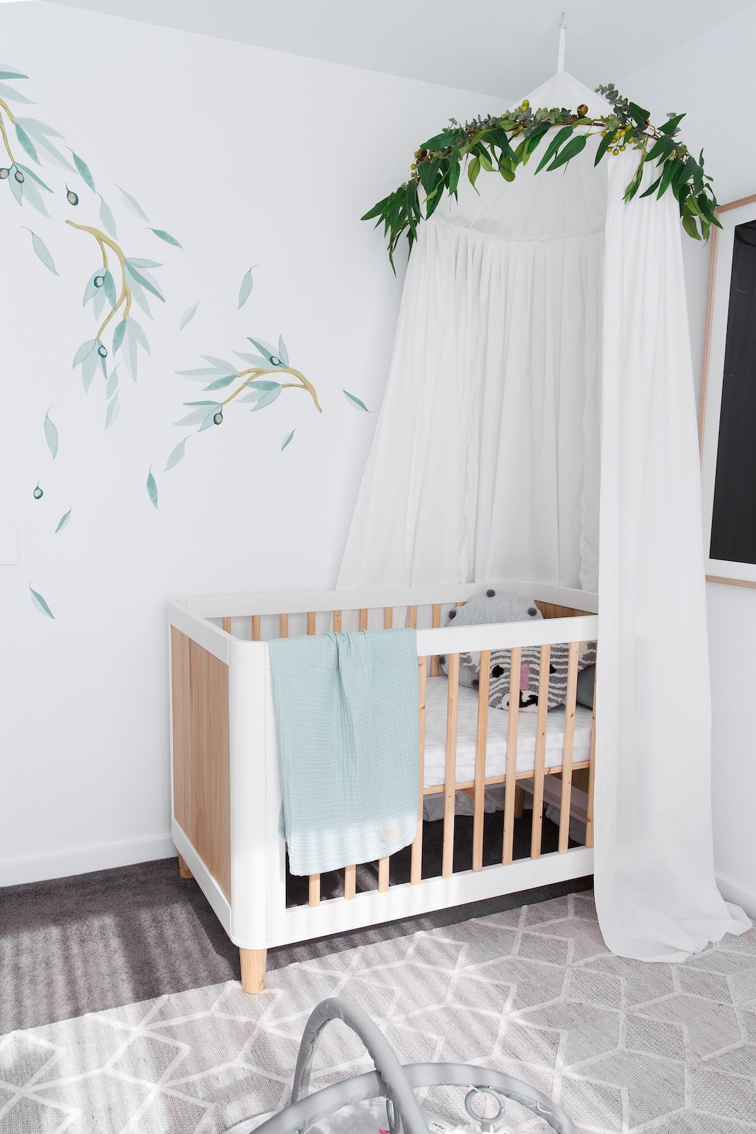DIY nursery canopy with eucalyptus garland (With images