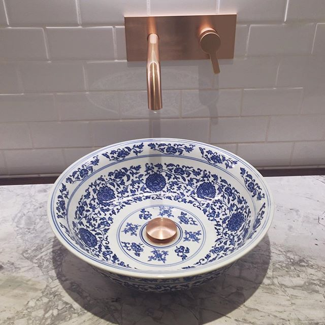 Okay so it might be a tad strange but how divine are the basins @jupitersgc new Garden Kitchen & Bar . #nolife #smallthingsinlife #interiorstyling #yummyfood #bellecollectionqld #homewares #home #interiors #interiortrends #interiorstyling #giftideas #instainteriors #goldcoast #homeinspo #homedecor #shopping