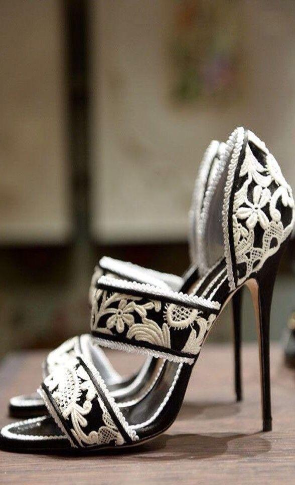 Manolo Blahnik Luxurydotcom Via Pinterest Manolo Blahnik Heels Bride Shoes Heels