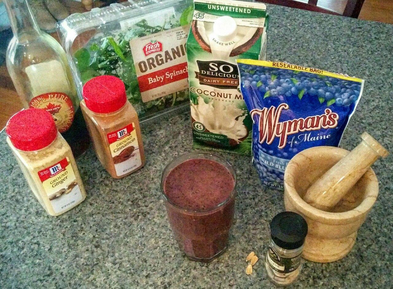 "franciesfotos: ""Blueberry Detox Smoothie: 1c blueberries, 1c coconut milk, 1c baby spinach, 1t ginger, ½t cinnamon, 1 cardamom pod (ground), grade B maple syrup to taste ( I do 1 t) """