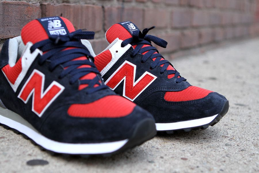 New Balance celebrates the 4th of July with their classic style in these festive colorways. Constructed mainly of suede and mesh with leather detailing, an ENCAP® midsole for supportive cushioning, and a classic design, the New Balance 574 is the perfect choice for stylish street wear.
