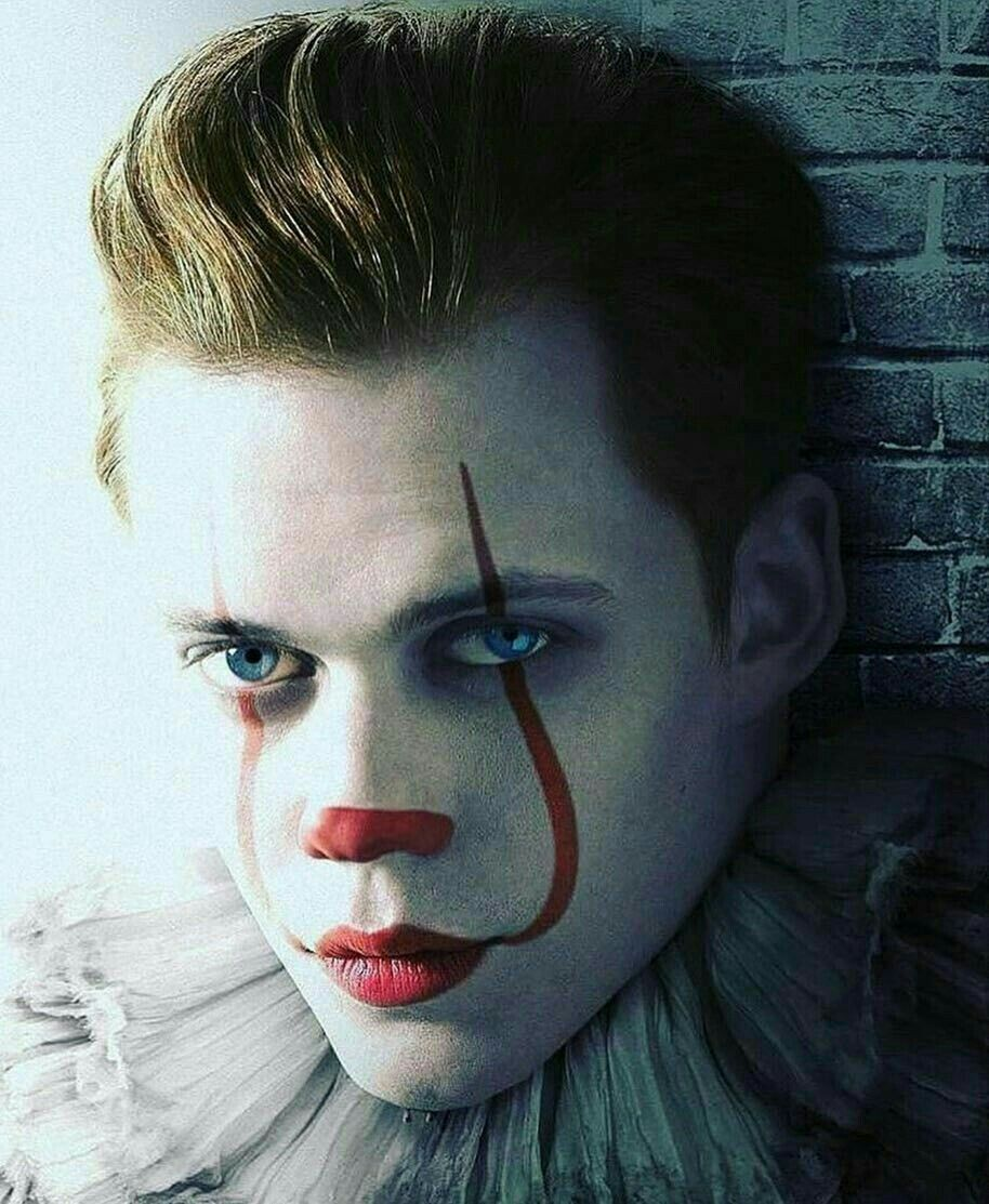 Pin by Shelley Ozbirn on Halloween Faves   Pennywise the ...