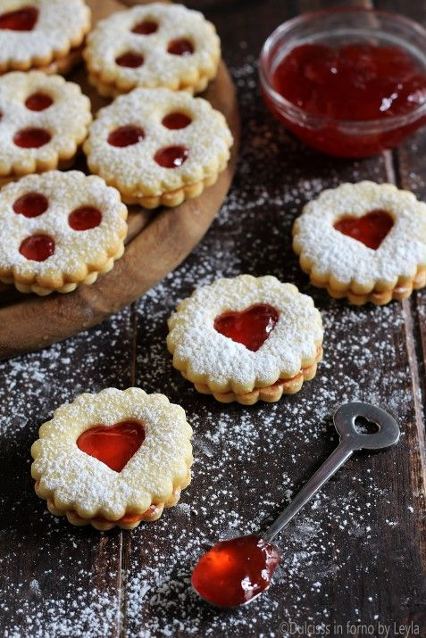 Biscotti Di Natale Tirolesi.Spitzbuben Ricetta Biscotti Tirolesi Natalizi Dell Alto Adige