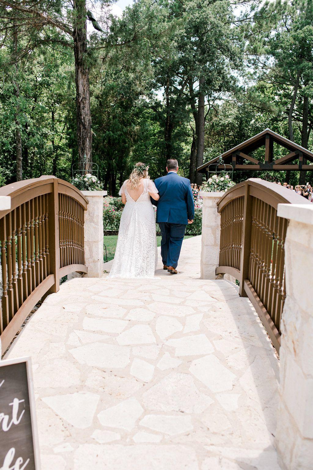 Outdoor ranch wedding venue southern wedding venue best outdoor