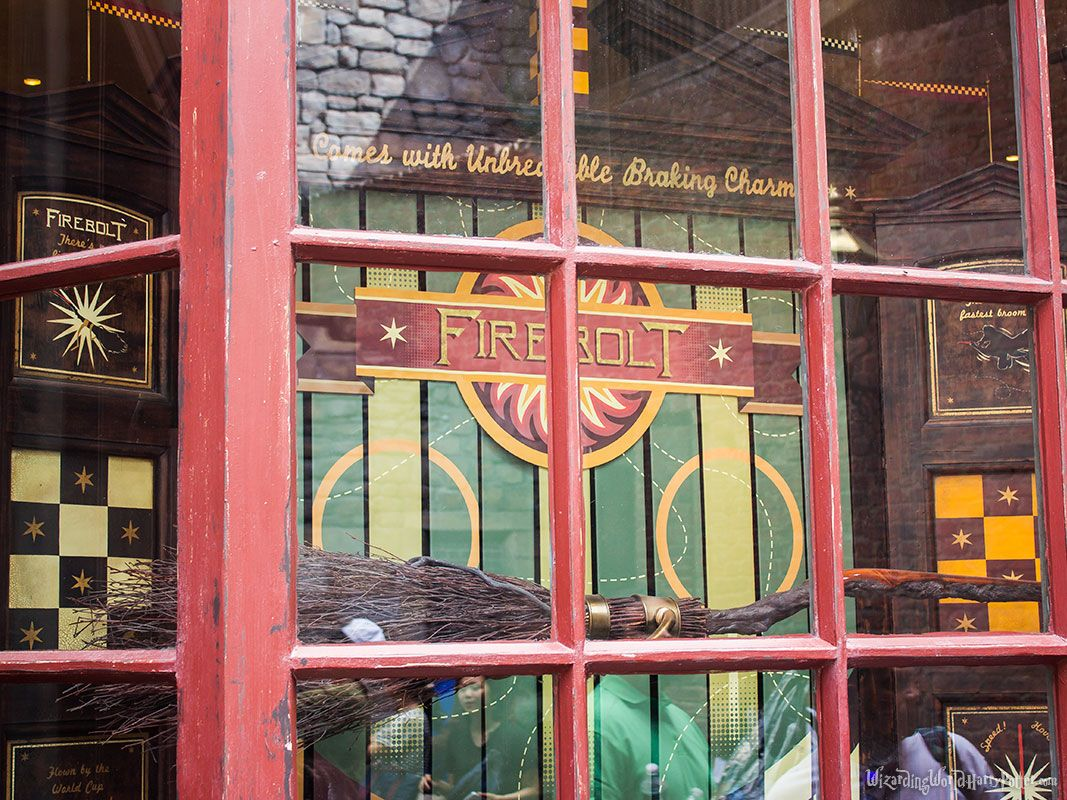Quality Quidditch Supplies « Harry Potter Theme Park – Wizarding World Harry Potter – Orlando – Florida