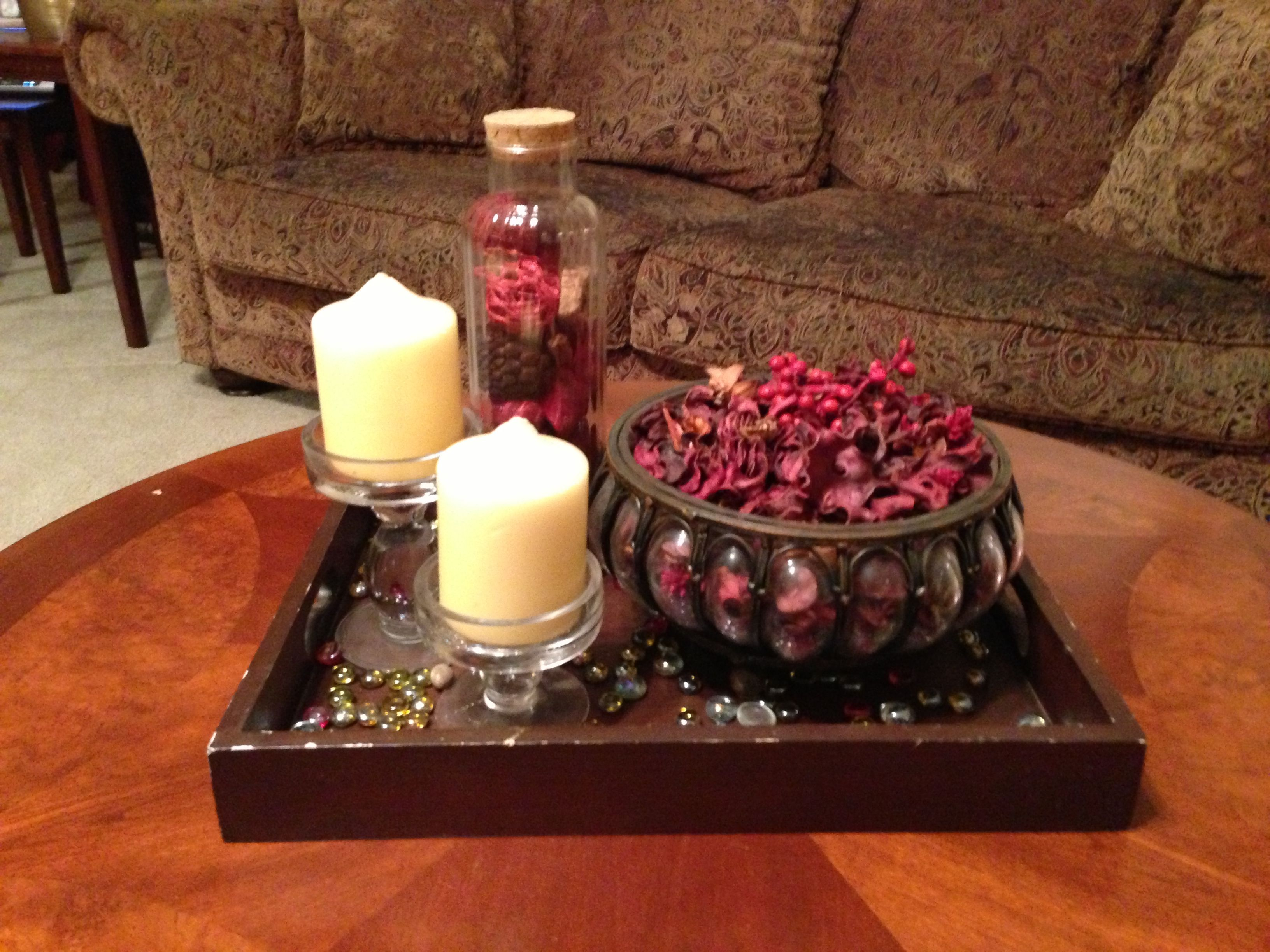 Coffee table decor potpourri and candle holder boom for Living room table decorating ideas