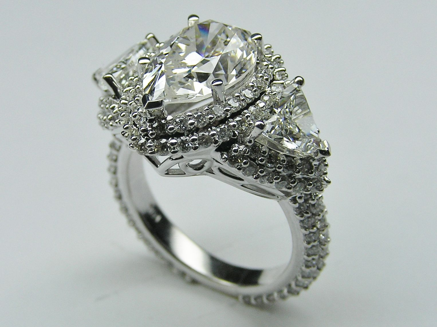 pear shape diamond vintage engagement ring | wed | pinterest