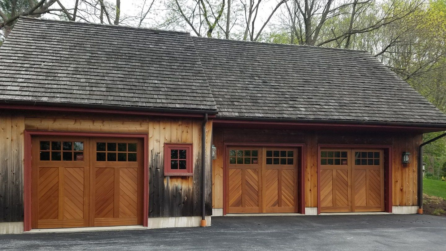 37 Garage Door Trim Ideas To Improve Your Exterior Garage Doors Garage Door Trim Shed Decor
