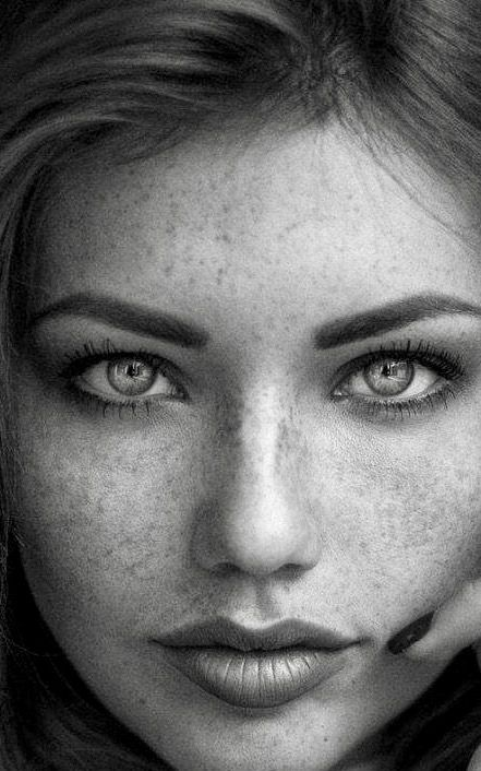 Pin by Chucho on About Face | Beautiful freckles ...