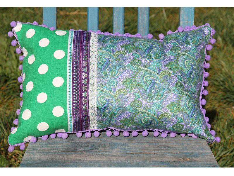 3e16f0f1d4ed 18156 Green Dots Lavender Paisley Print Cushion