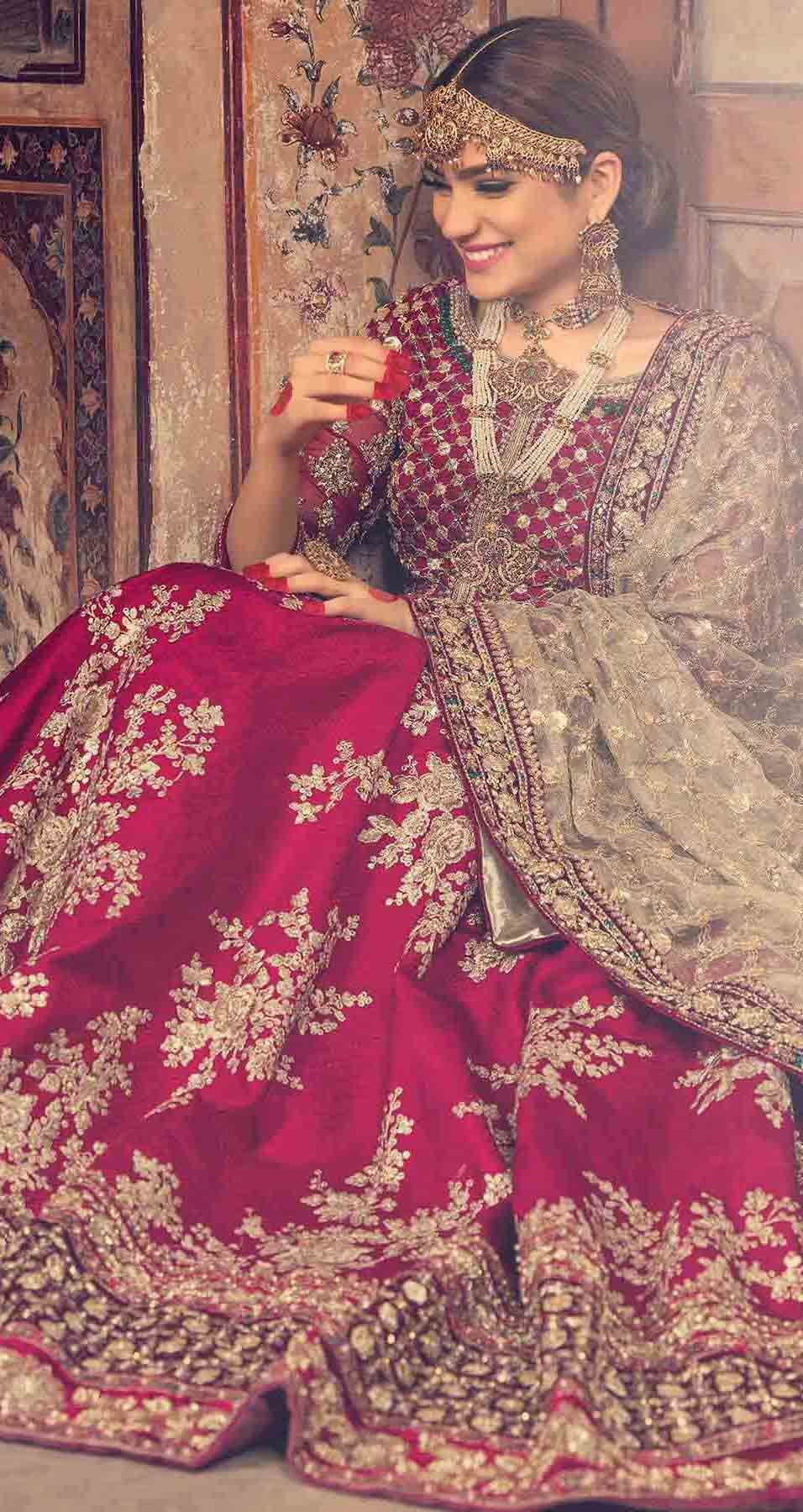 Pakistani Bridal Dresses In Red And Gold Colors 2021 2022 Indian Bridal Dress Bridal Lehenga Red Pakistani Bridal Dresses [ 1800 x 956 Pixel ]