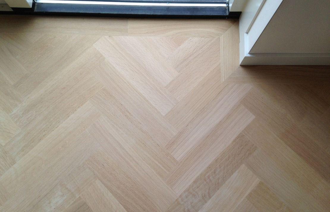 Vinyl Vloer Visgraat : De voor en nadelen van een vinylvloer hebbes zimmo