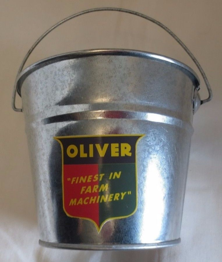 """NEW OLIVER """"FINEST IN FARM MACHINERY LOGO"""" GALVANIZED PAIL  LOGO USED 1945-1954"""