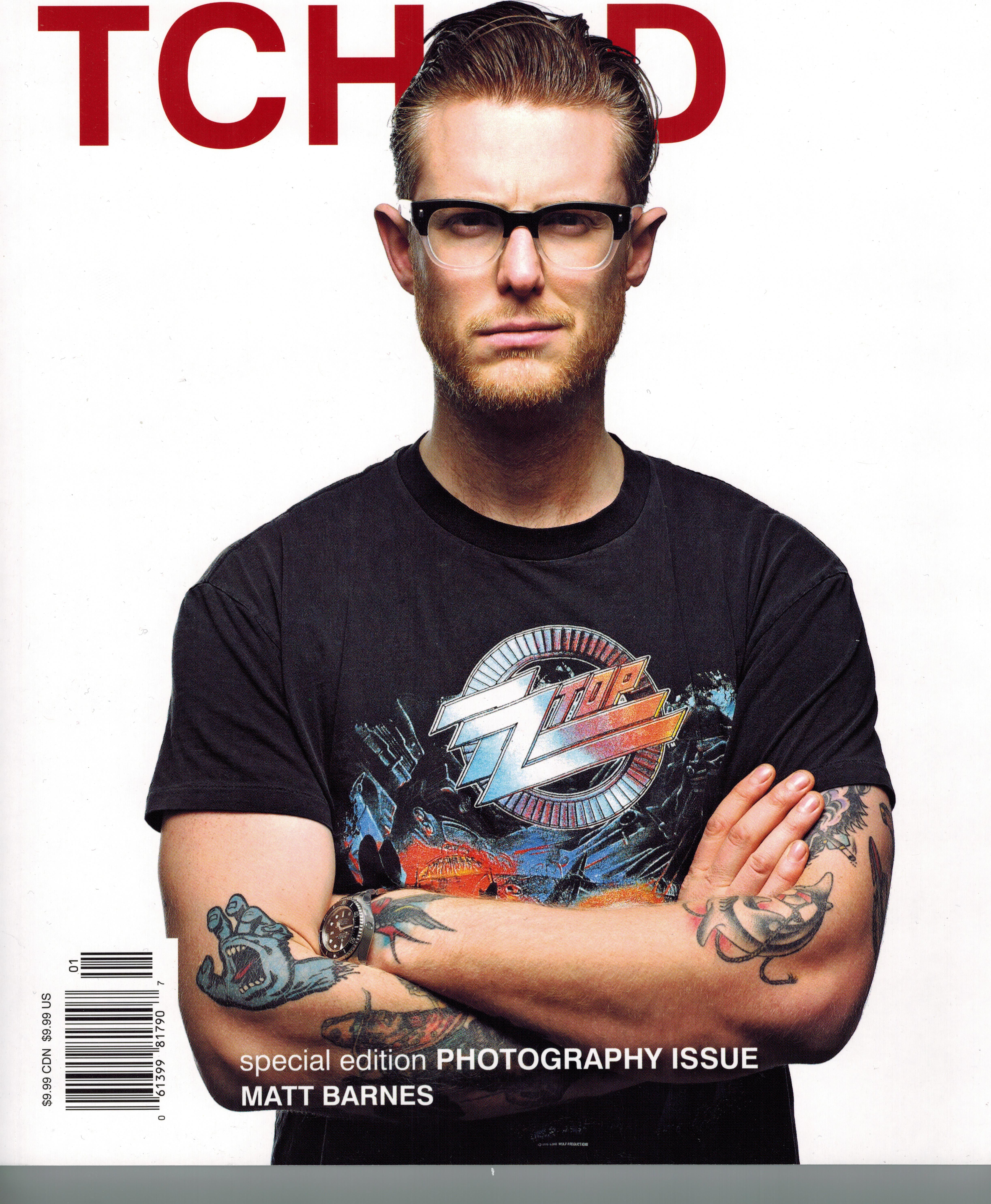#Canadian photographer #MattBarnes wears Cutler & Gross frames on the cover of the latest issue of #Tchadmagazine. The 0772 model in Grad Black suits him perfectly http://9nl.eu/0772Gradblack #Toronto #Cutlerandgross #eyewear #Fashion