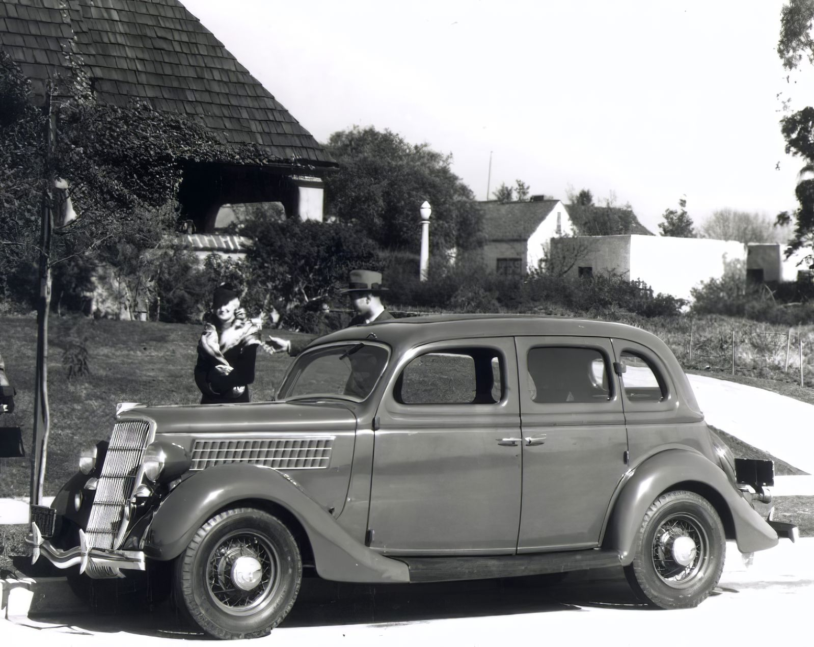 Den Ford V8 gab es in einer Vielzahl von Karosserievarianten und Typen. Aus Deutscher Produktion kann man hauptsächlich den